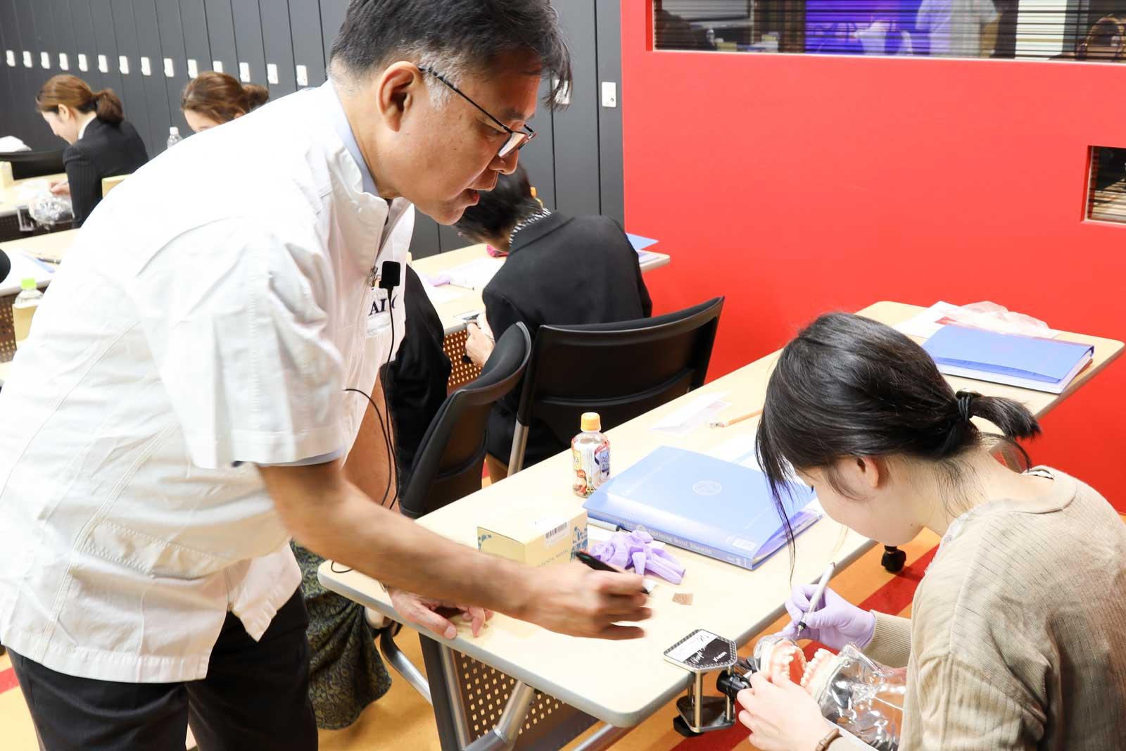 歯科衛生士養成コース_実習風景2